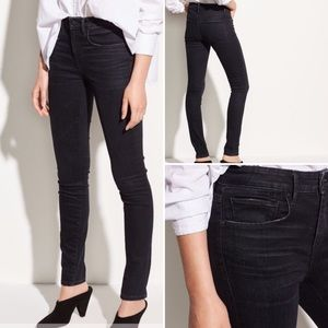 Vince Skinny Ankle one year wash high rise jeans